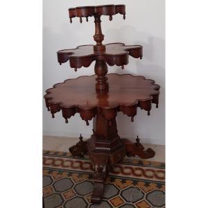 Table A Samovar Serviteur Muet 1840-1850 Noyer Teinte Acajou  H.140 Diam 98 Cm