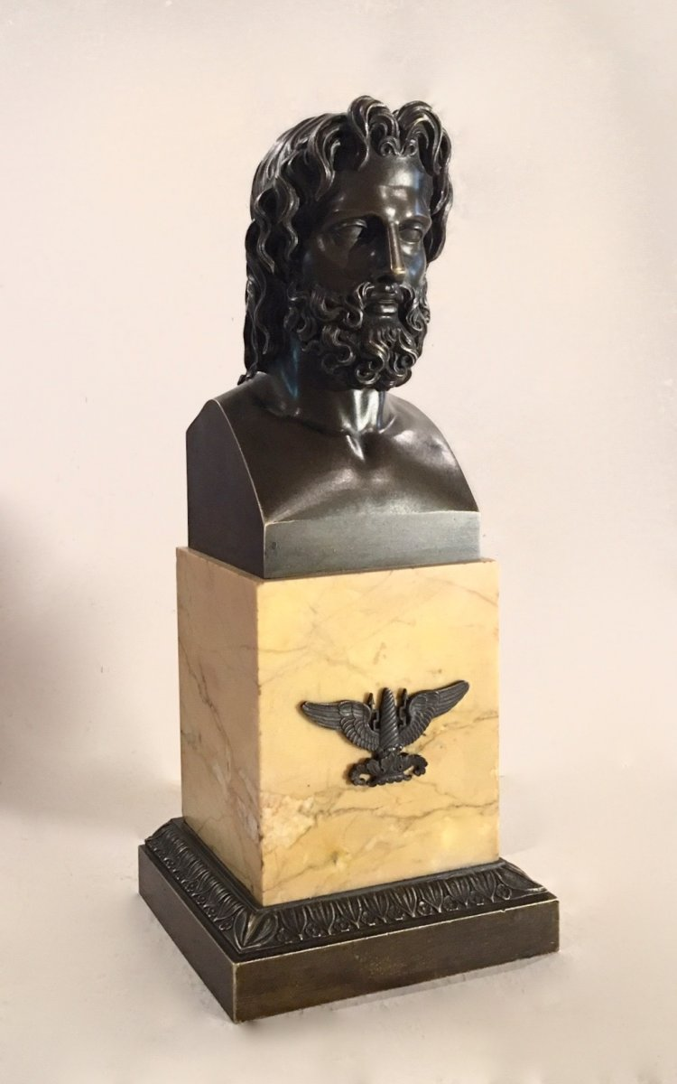 Borne Hermaïque En Bronze Et Marbre Représentant Jupiter. Epoque Restauration.
