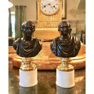 Paire De Bustes En Bronze Représentant Des Empereurs Romains, Italie XVIIIe Siècle