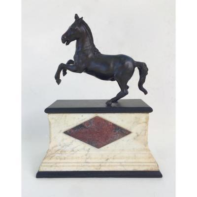 Cheval Cabré En Bronze. Italie, XIXe Siècle. A La Manière De Francesco Fanelli.
