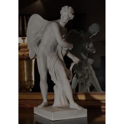 D'Après Simon-Louis Boizot, Cupidon. Grande Statuette En Biscuit. Sèvres, Fin Du XIXe Siècle.