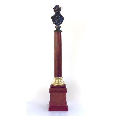 Colonne En Marbre Rosso Antico. Souvenir du Grand Tour. Début du XIXe siècle.