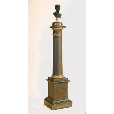 Colonne En Tôle Laquée Surmontée Du Buste De l'Empereur Auguste Jeune En Bronze. XIXe Siècle.