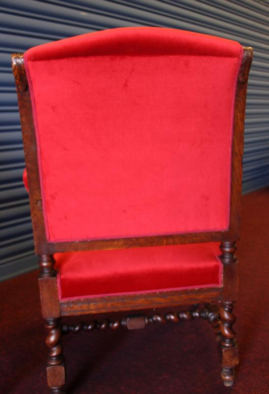 Paire de fauteuils de style LouisXIII-photo-3