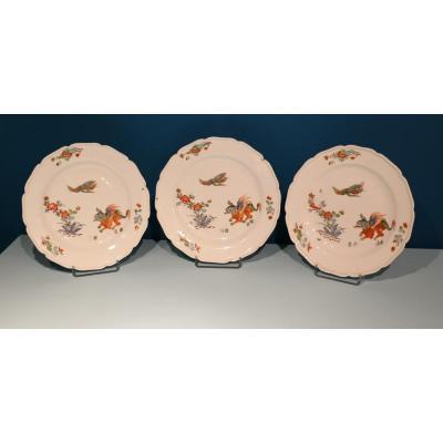 Meissen. 3 assiettes en porcelaine à décor Kakiémon. 10\\\% sur le PV jusqu'au 31/01/19