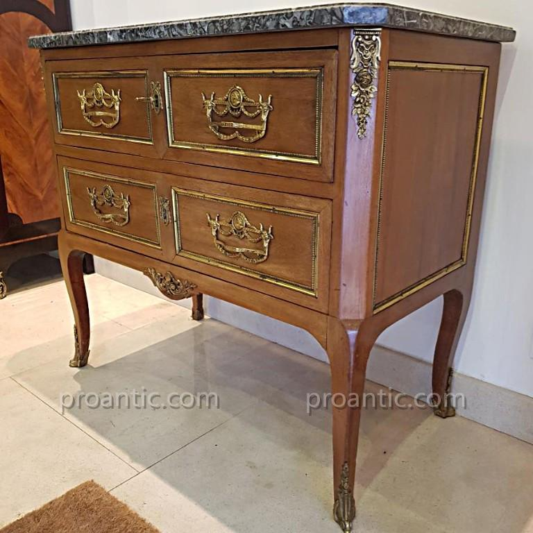 Commode Epoque Transition XVIII ème