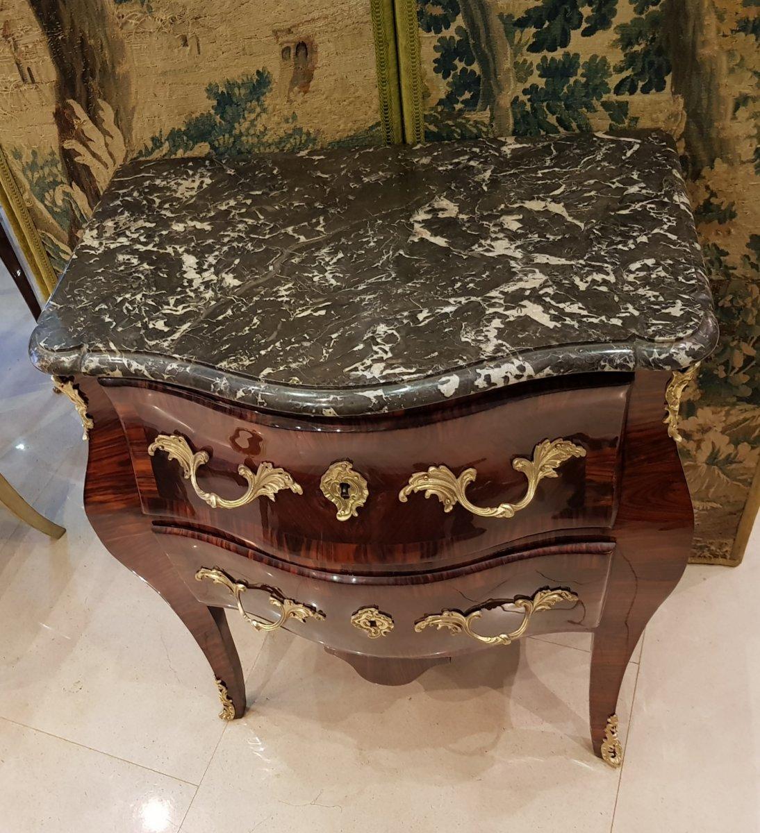 Commode Sauteuse Italienne En Marqueterie Epoque Louis XV