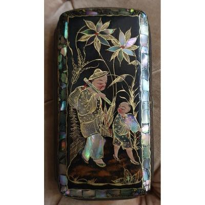 Cigarettes Case In Lacquer And Mother Of Pearl With Chinese Decoration Napoleon III