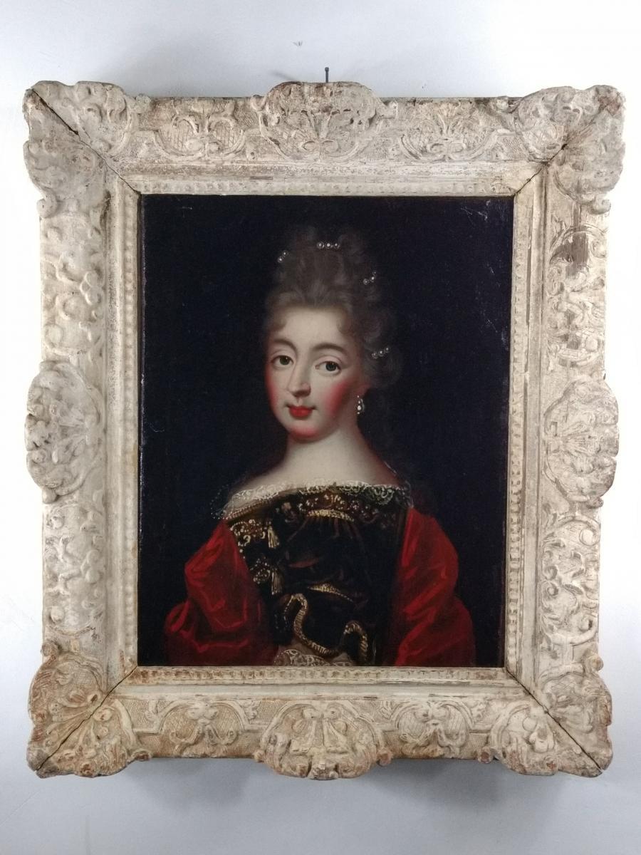 Portrait Présumé De Mademoiselle de Fontanges, cadre rapporté Décapé, époque Louis XIV