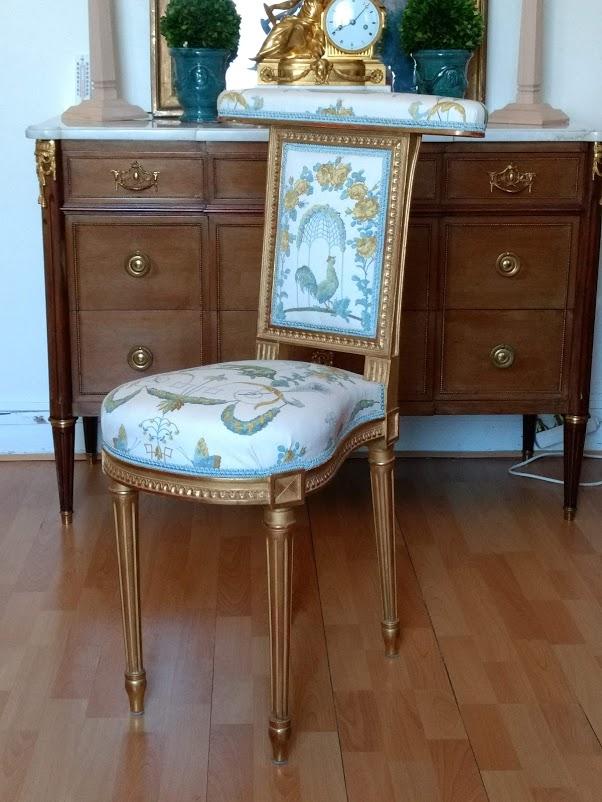 Louis XVI Voyeur Chair In Golden Wood