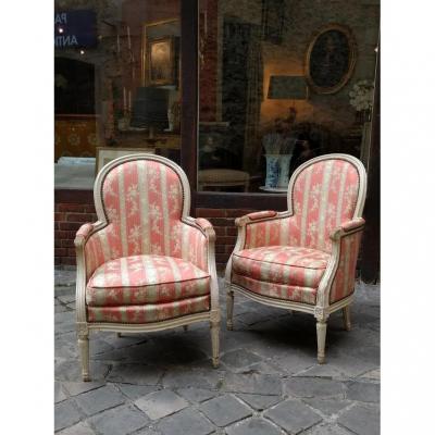 Pair Of Shepherdesses Louis XV Era