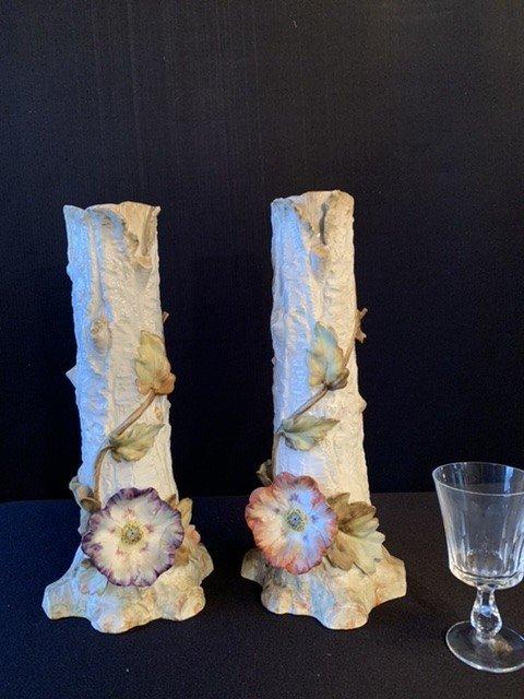 Barbotine. Paire De Grands Vases Aux Anémones.