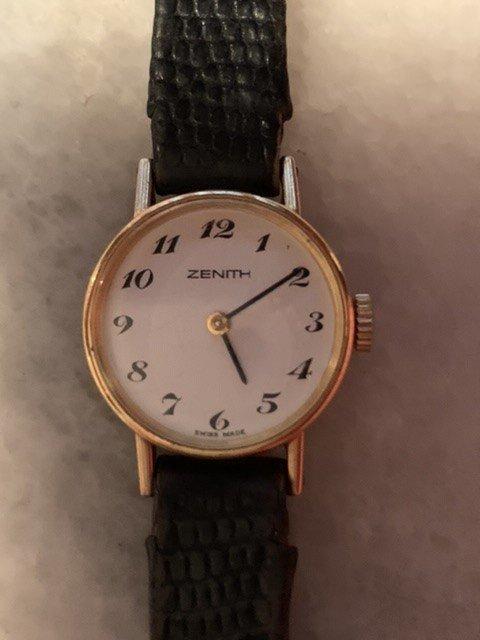Zenith. Women's Gold Bracelet Watch.
