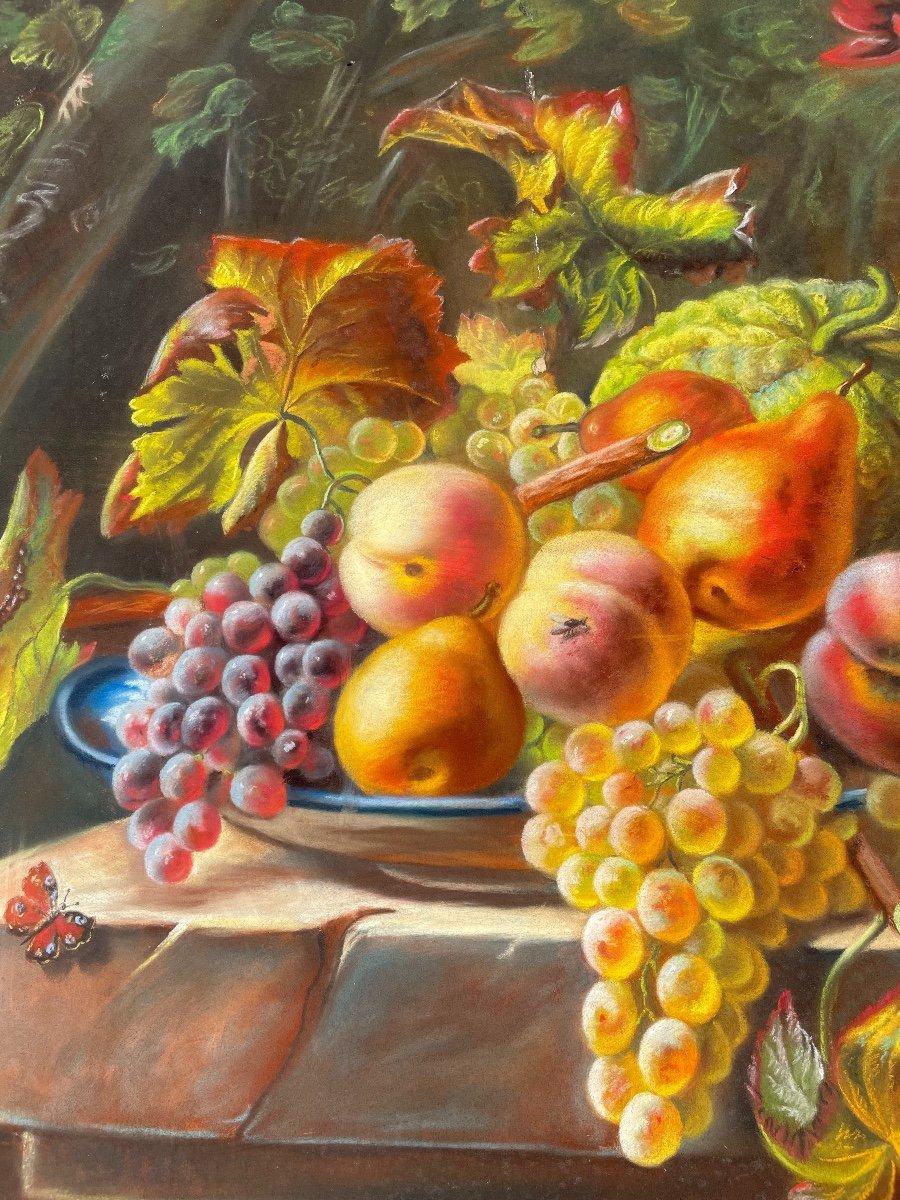 Pastel. Nature Morte Aux Fruits, Fleurs Et Gibier. -photo-1