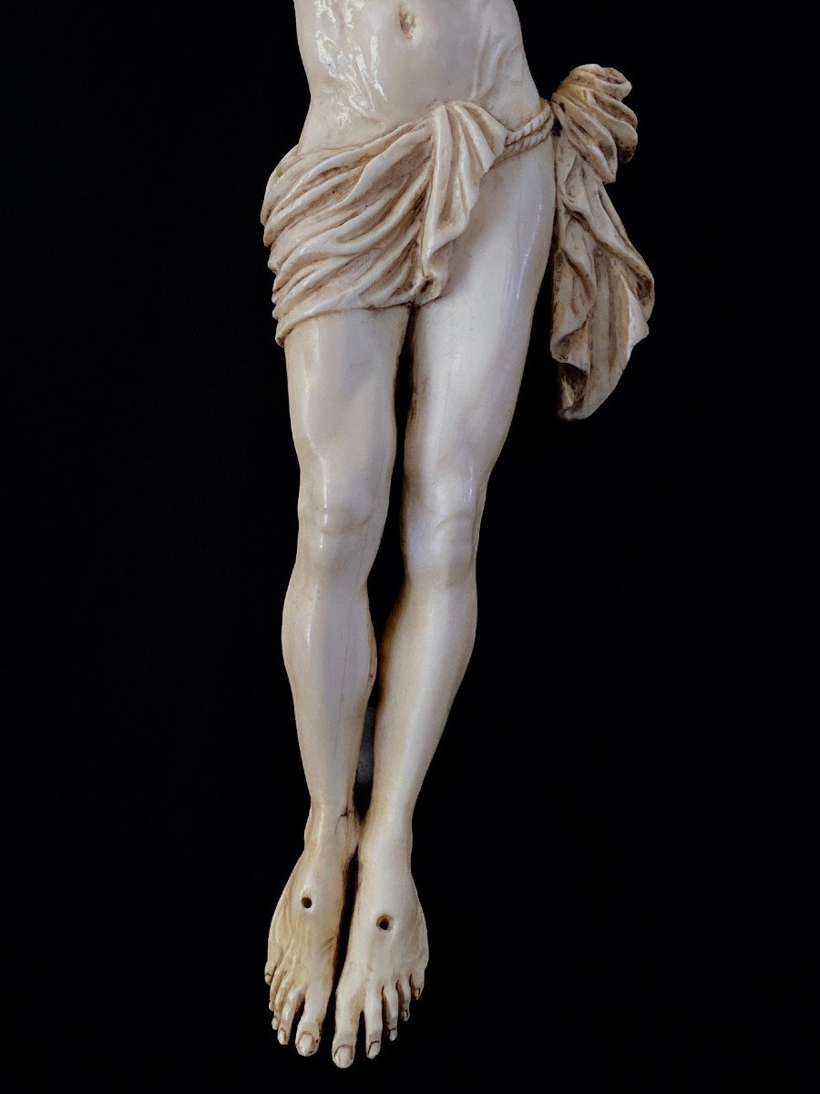 Large Christ In Ivory Carved In The Louis XIV Style, 19th Century -photo-1