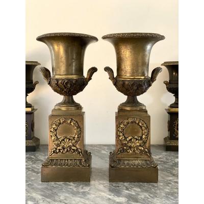 Grande paire de Cassolettes en Bronze à décor de vase Médicis époque Empire XIXe