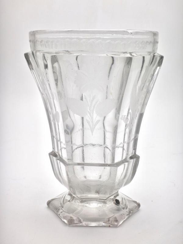 Very Large Goblet On Pedestal In Molded Crystal With Engraved Decoration 19th Empire Period -photo-2