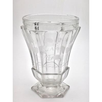 Very Large Goblet On Pedestal In Molded Crystal With Engraved Decoration 19th Empire Period