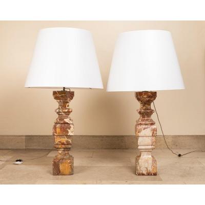 Paire De Lampes En Marbre, Italie Début Du 18e Siècle