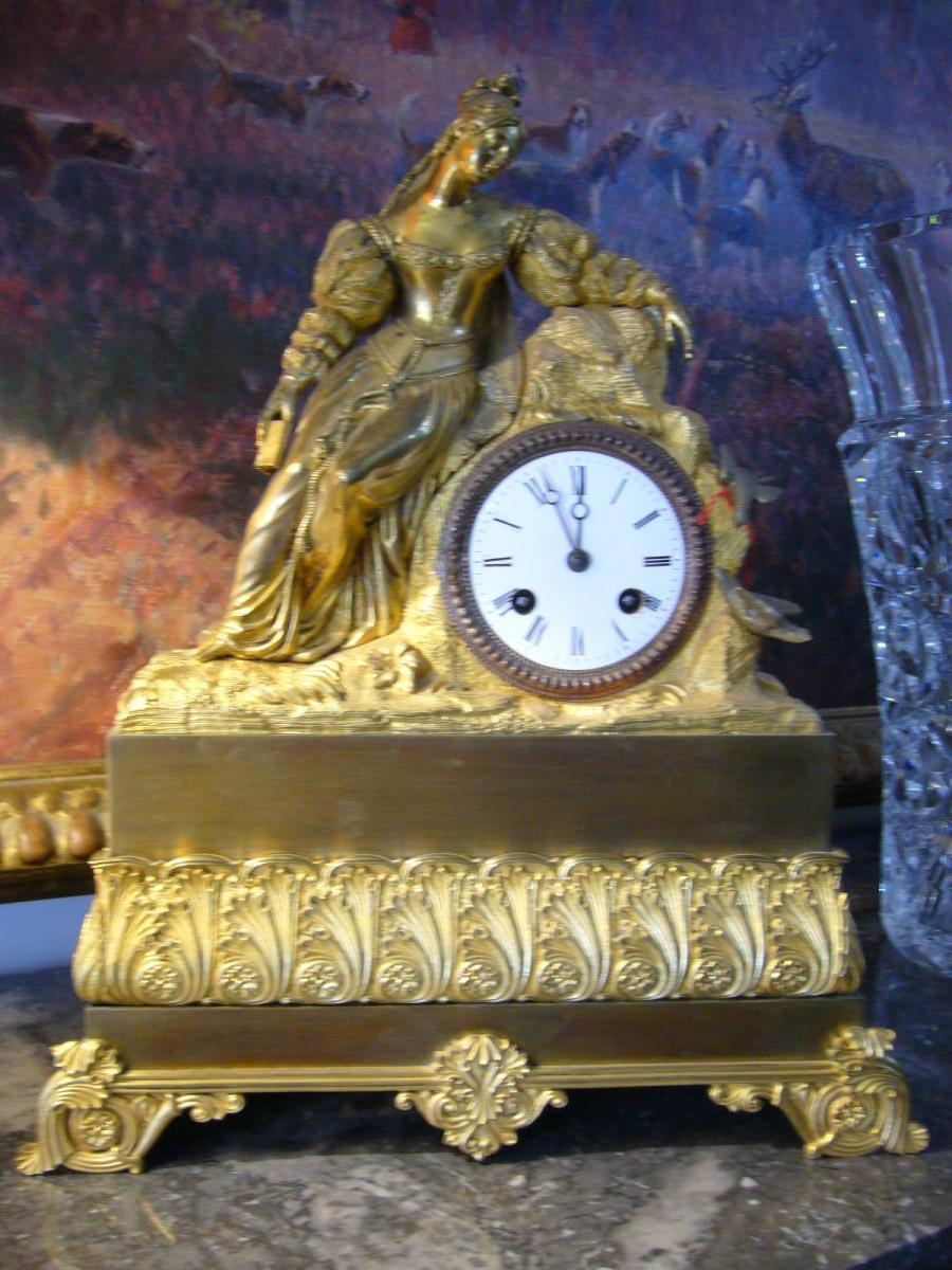 Pendule Bronze Dore Restauration