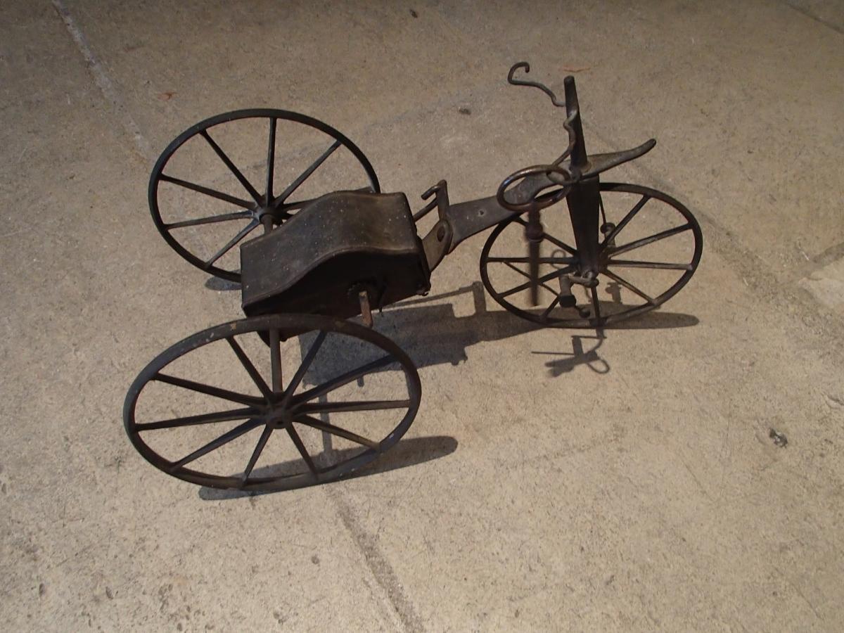 Tricycle Miniature à Mécanisme