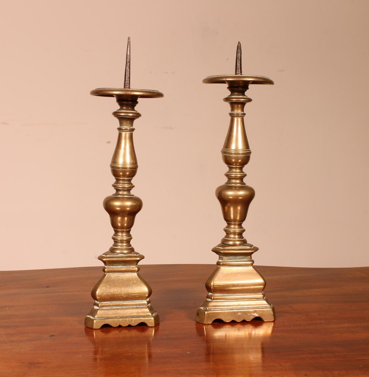Paire De Pique-cierges En Bronze 17° Siècle Italie