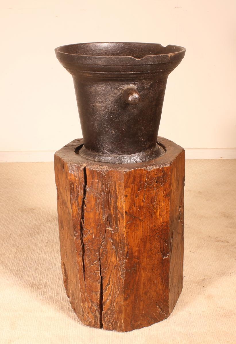 Mortier En Fonte Circa 1600 Avec Son Billot d'Origine-photo-4