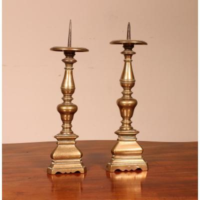 Pair Of Bronze Candlesticks 17 ° Century Italy