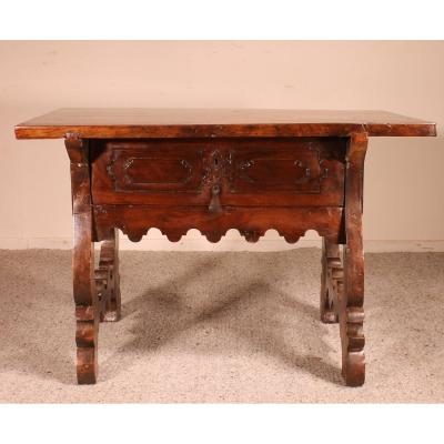 17th Century Spanish Table In Walnut
