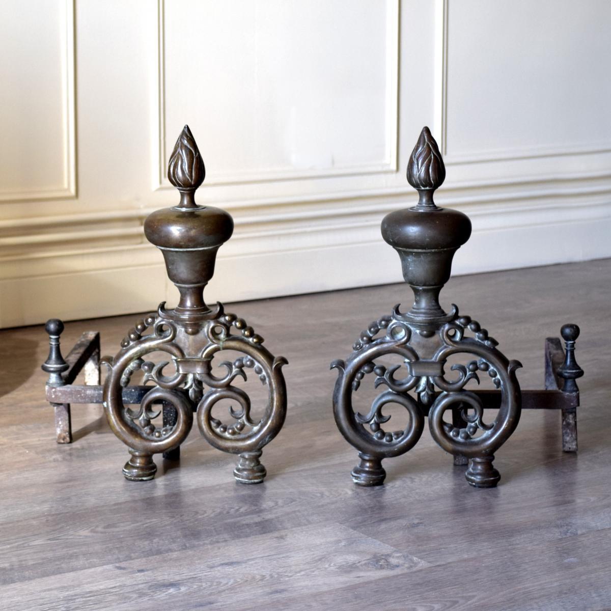 Paire de chenets bronze et fer XIXème