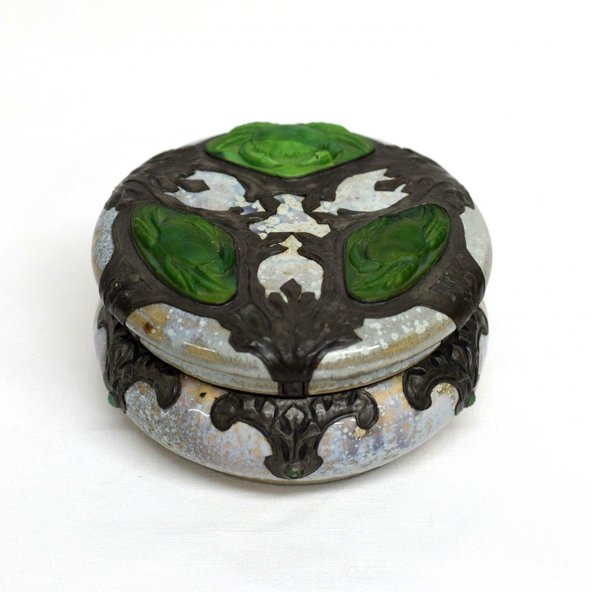 Box Art Nouveau Sandstone Tin Glass Paste