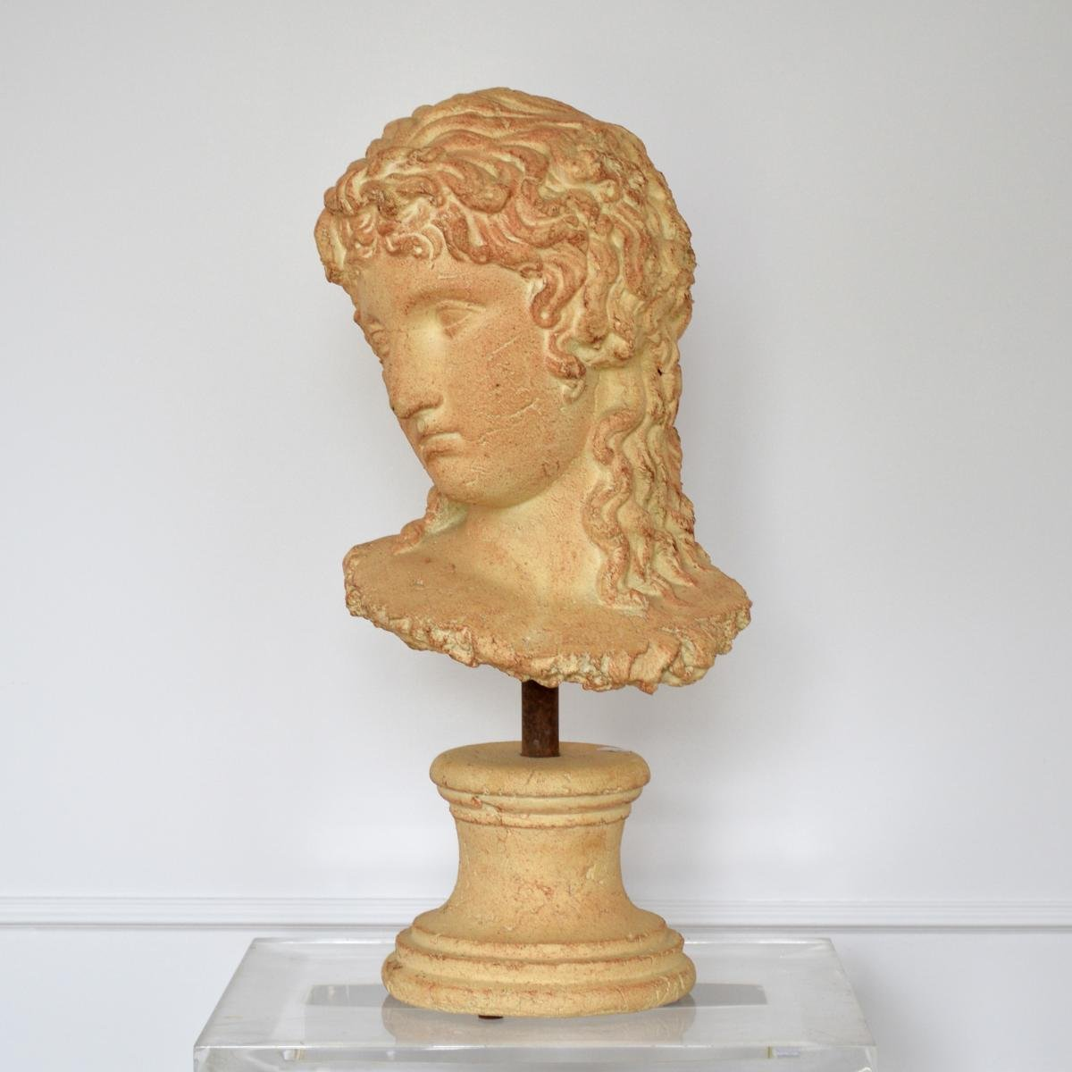Grande Sculpture Tête de Femme à l'Antique Terre cuite Par Michel Cayla
