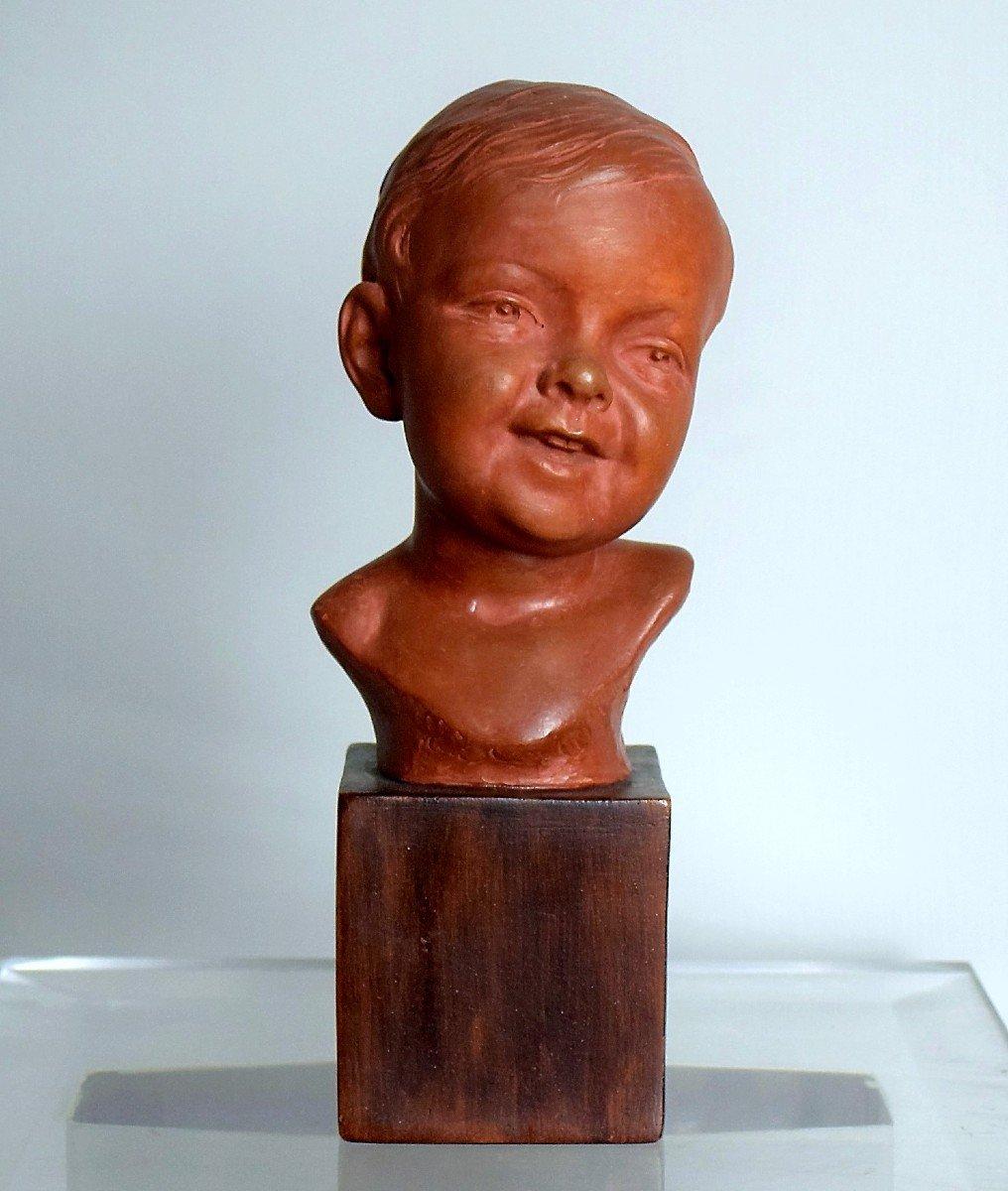 Buste d'enfant signé Mirval