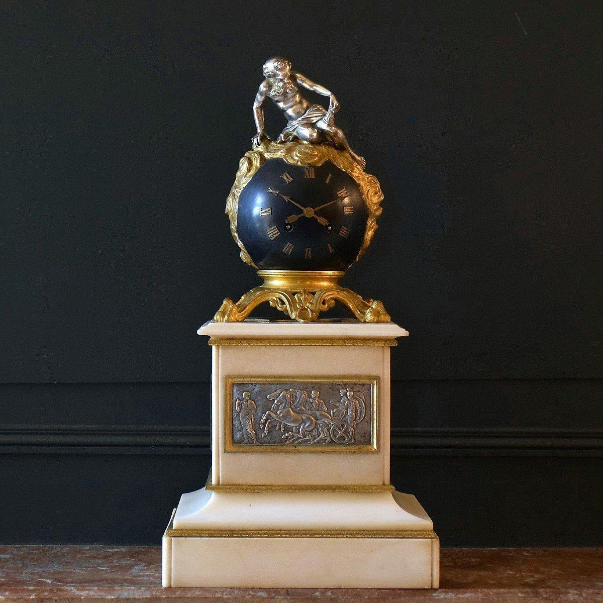 """Pendule  """"Chronos"""" en marbre et bronze XIXème"""