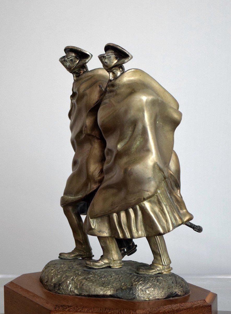 Carabiniers dans la tempête Antonio Berti «I carabinieri nella tormenta» Bronze