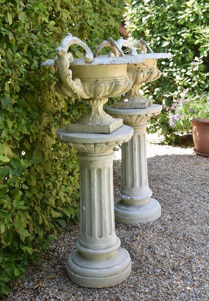 Grande paire de vases modèle Chambord Val d'Osne sur colonnes -photo-3