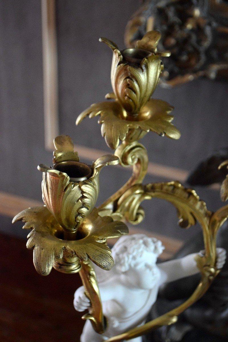 Paire de candélabres bronze et angelots en biscuit de Sèvres XIXème-photo-5