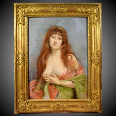 Grand portrait en buste d'une jeune femme rousse