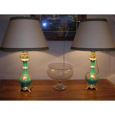 Paire de lampes à huile en porcelaine 1ere moitié XIXem