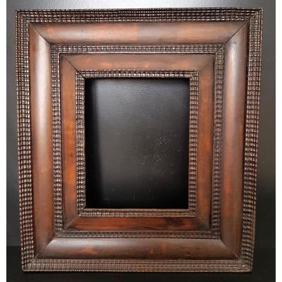 Frame In Molded And Carved Wood From The 17th Century Netherlands