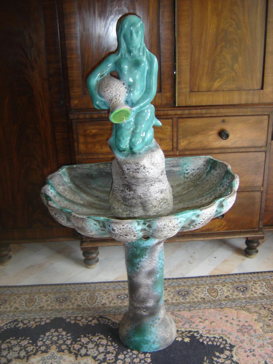 Rare Fontaine En Terre Cuite Et Grès émaillé En Vallauris Et De Gilbert Valentin Forme Sirène