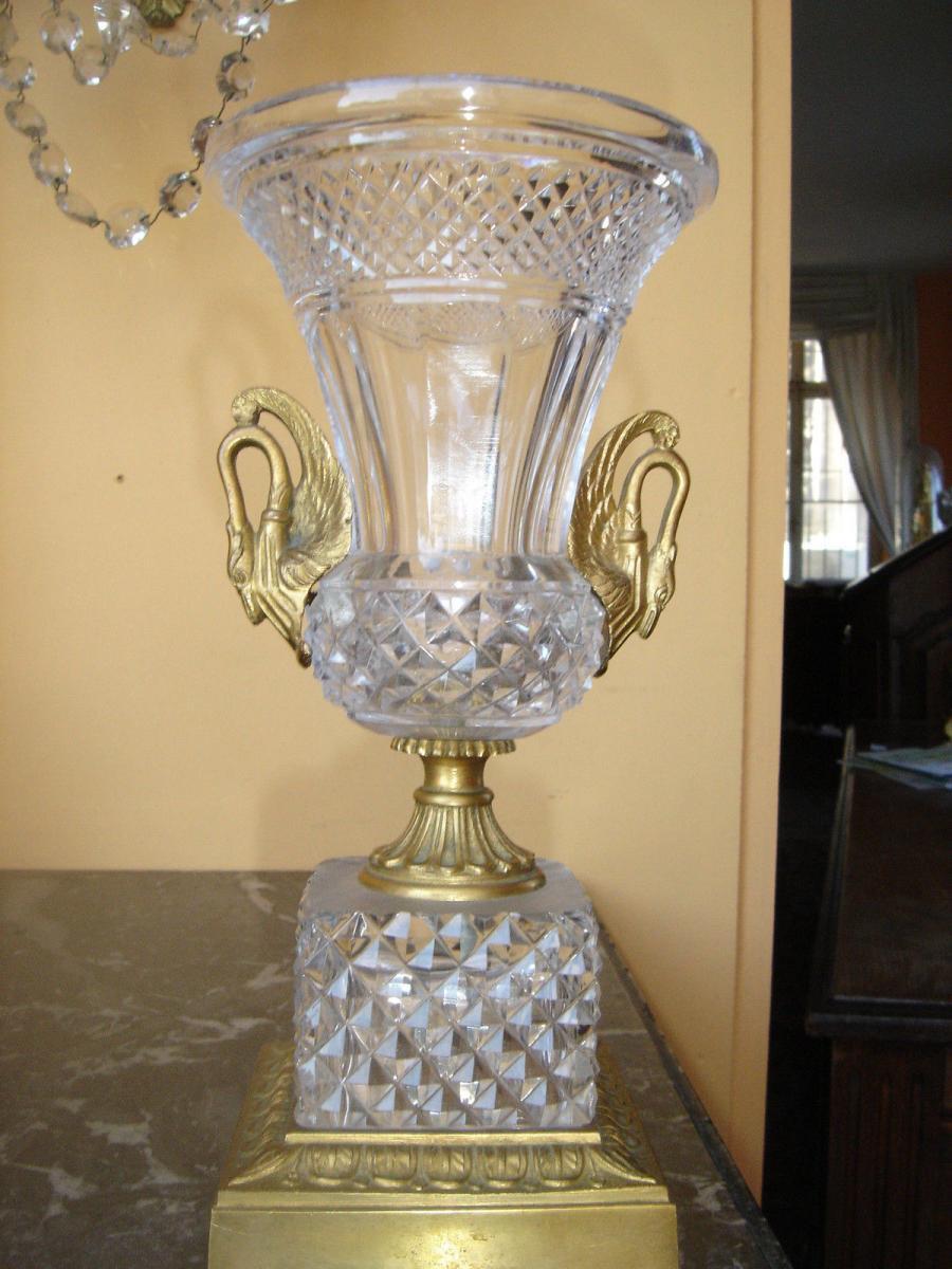 Vase En Cristal St Louis Taillé Et Bronze Doré A Col De Cygnes 19e