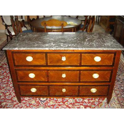 In Marquetry Commode Louis 16
