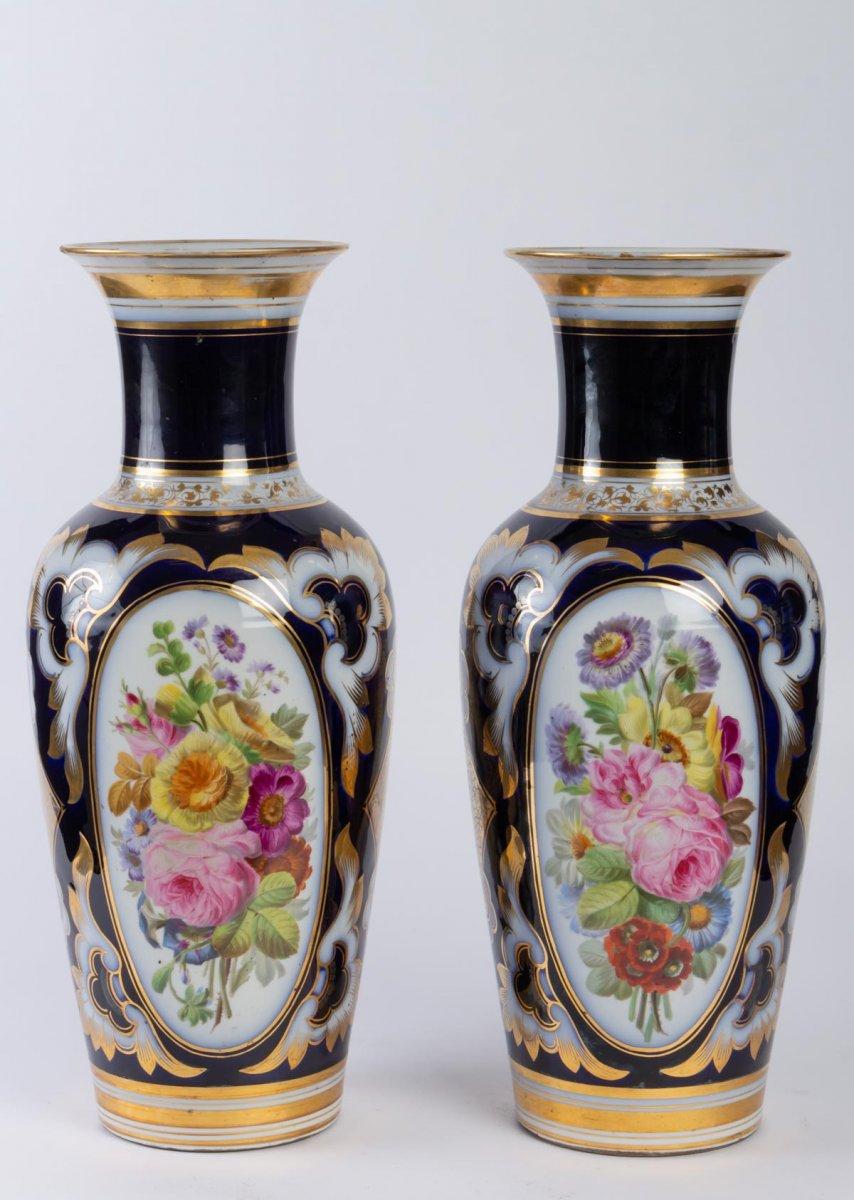 Paire De Vases En Porcelaine De Paris De Couleur Bleu Nuit