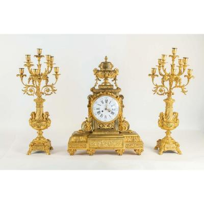Garniture De Cheminée En Bronze à Décor De Têtes De Béliers .epoque Napoléon III