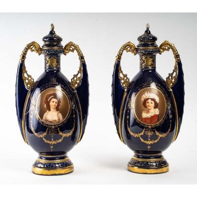 Paire De Vase Orientaliste Porcelaine De Vienne