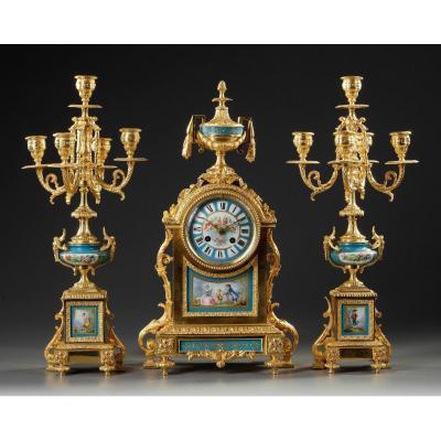 Garniture De Cheminée En Porcelaine Et Bronze Doré XIXème Siècle