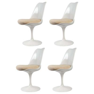 Eero Saarinen & Knoll 4  Chaises Tulipes