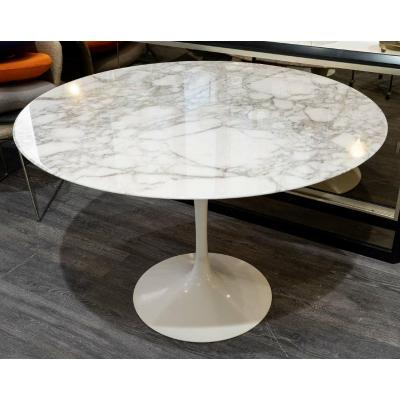 Knoll & Eero Saarinen : Table