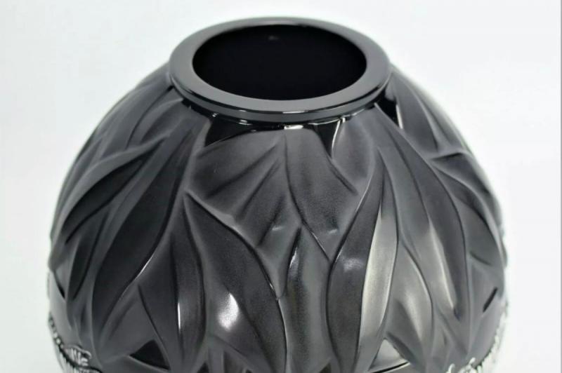 Marie Claude Lalique Vase -photo-2